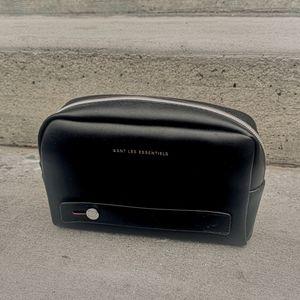 WANT Les Essentiels travel pouch / toiletry bag